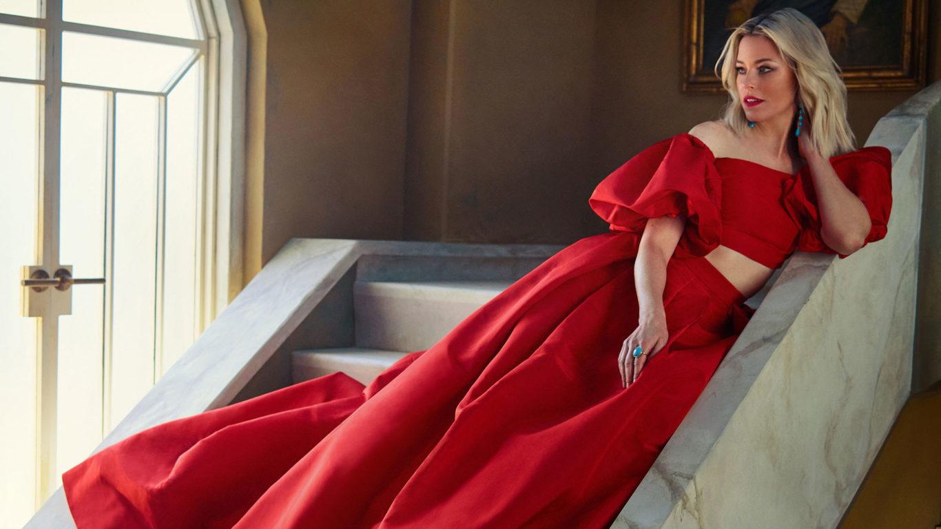 Elizabeth Banks Vanity Fair 4k Wallpapers HD Wallpapers 1366x768