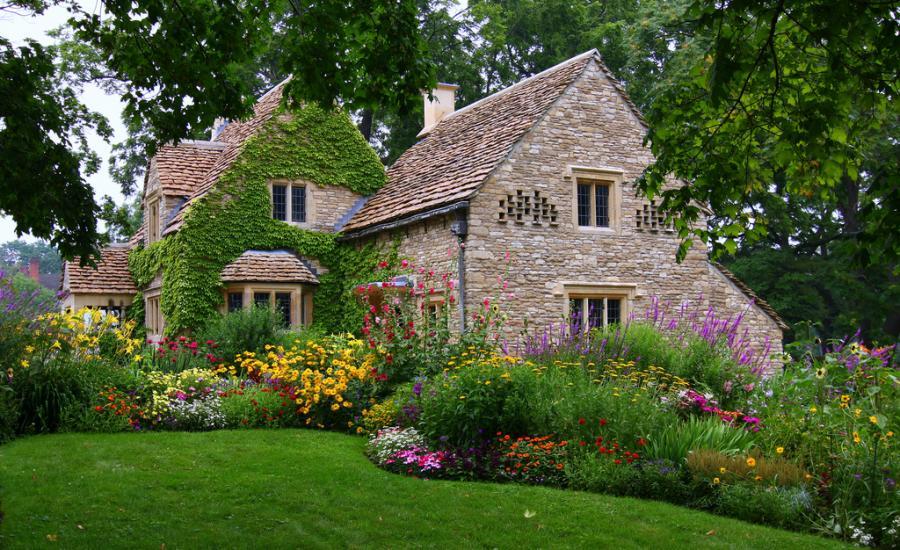 Old English Cottage Pixdaus 900x550