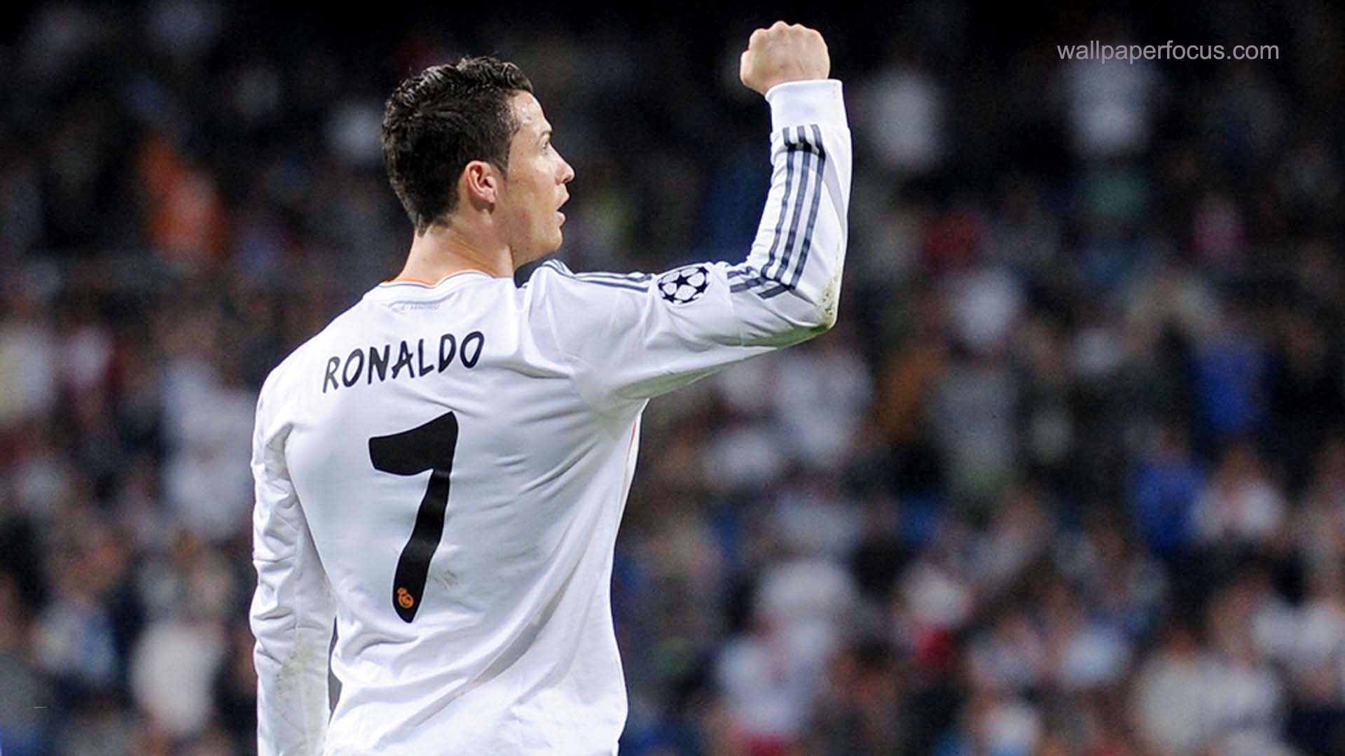 FunMozar – Cristiano Ronaldo Wallpapers Part 2