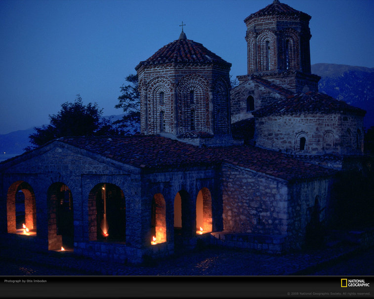 Church at night wallpaper 757x606