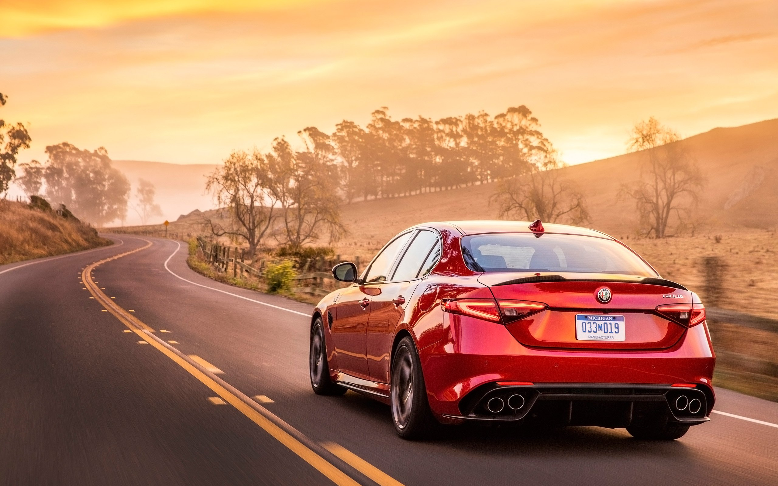 Alfa Romeo Giulia Wallpapers and Background Images   stmednet 2560x1600