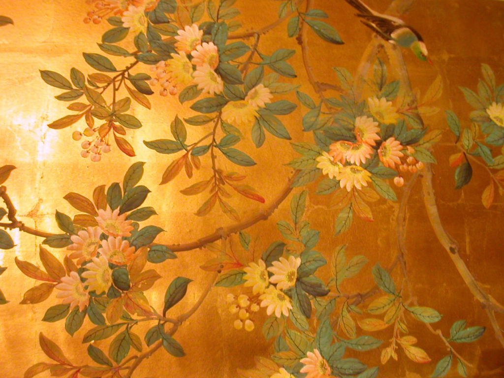 FOUR PANELS CHINESE HAND PAINTED WALLPAPER IN GOLD LEAF at 1stdibs 1024x768