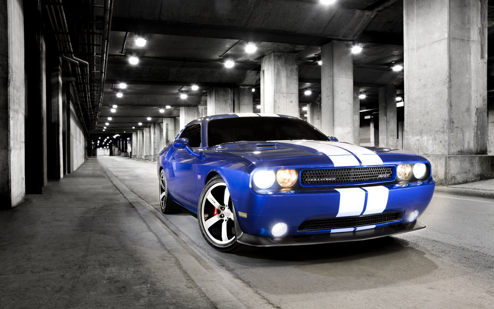 dodge challenger srt8 wallpaper hd image   Automotive Zone 1920x1200