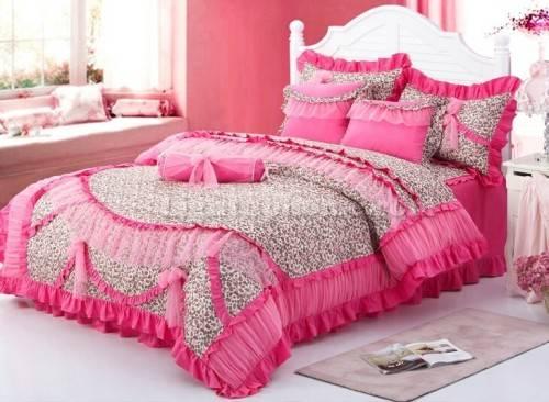 Pink Leopard Print Wallpaper For Bedroom Pink cheetah print bedroom 500x366