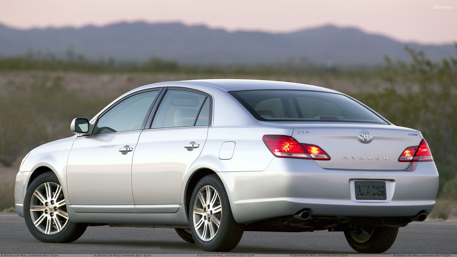 Toyota Avalon Wallpapers Photos Images in HD 1920x1080