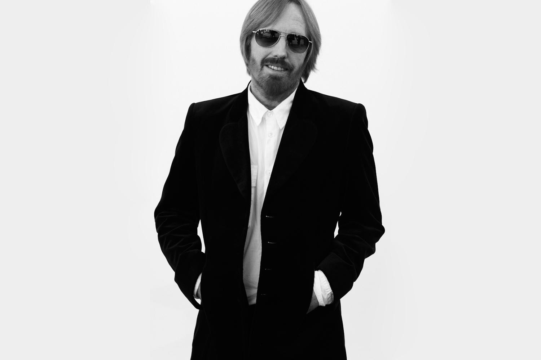 Tom Petty And The Heartbreakers Desktop Wallpaper Tom petty   bw 1500x1000