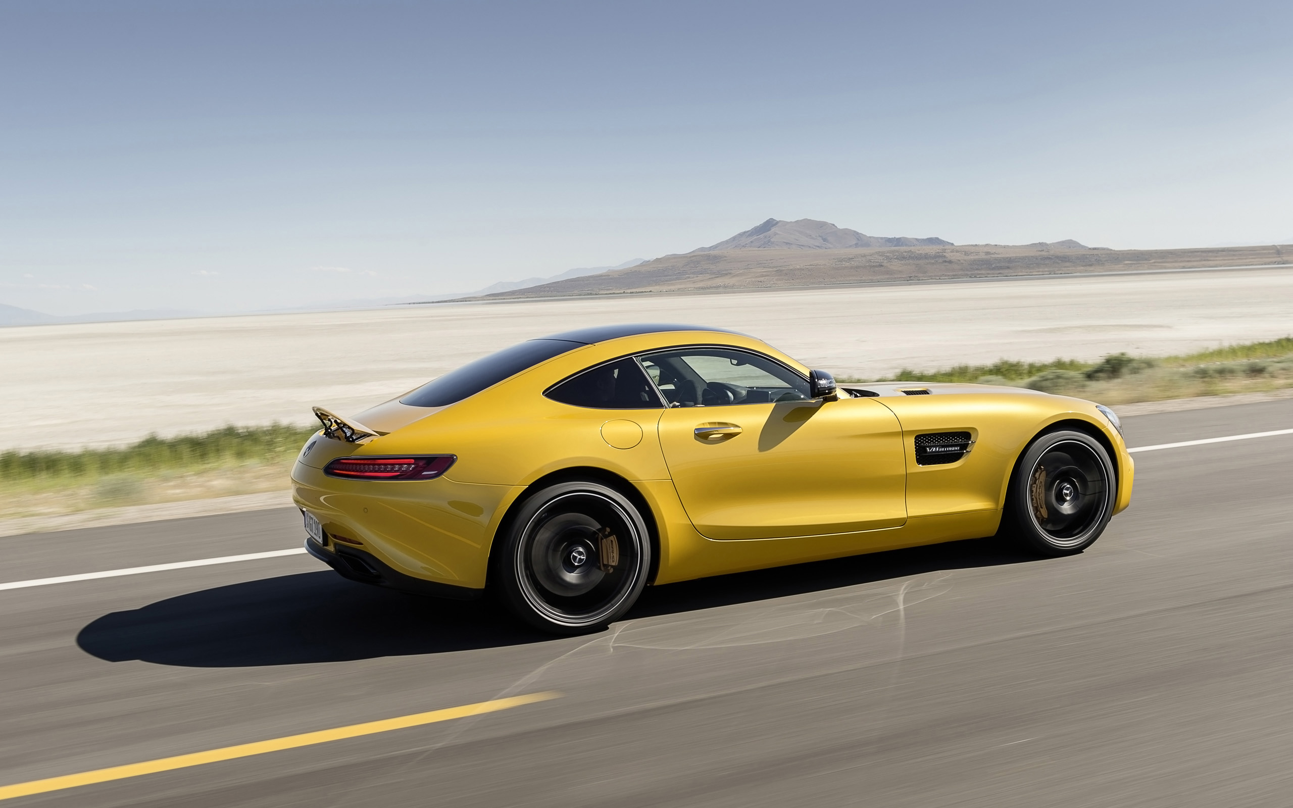 2015 Yellow Mercedes AMG GT HD Wallpapers 2560x1600