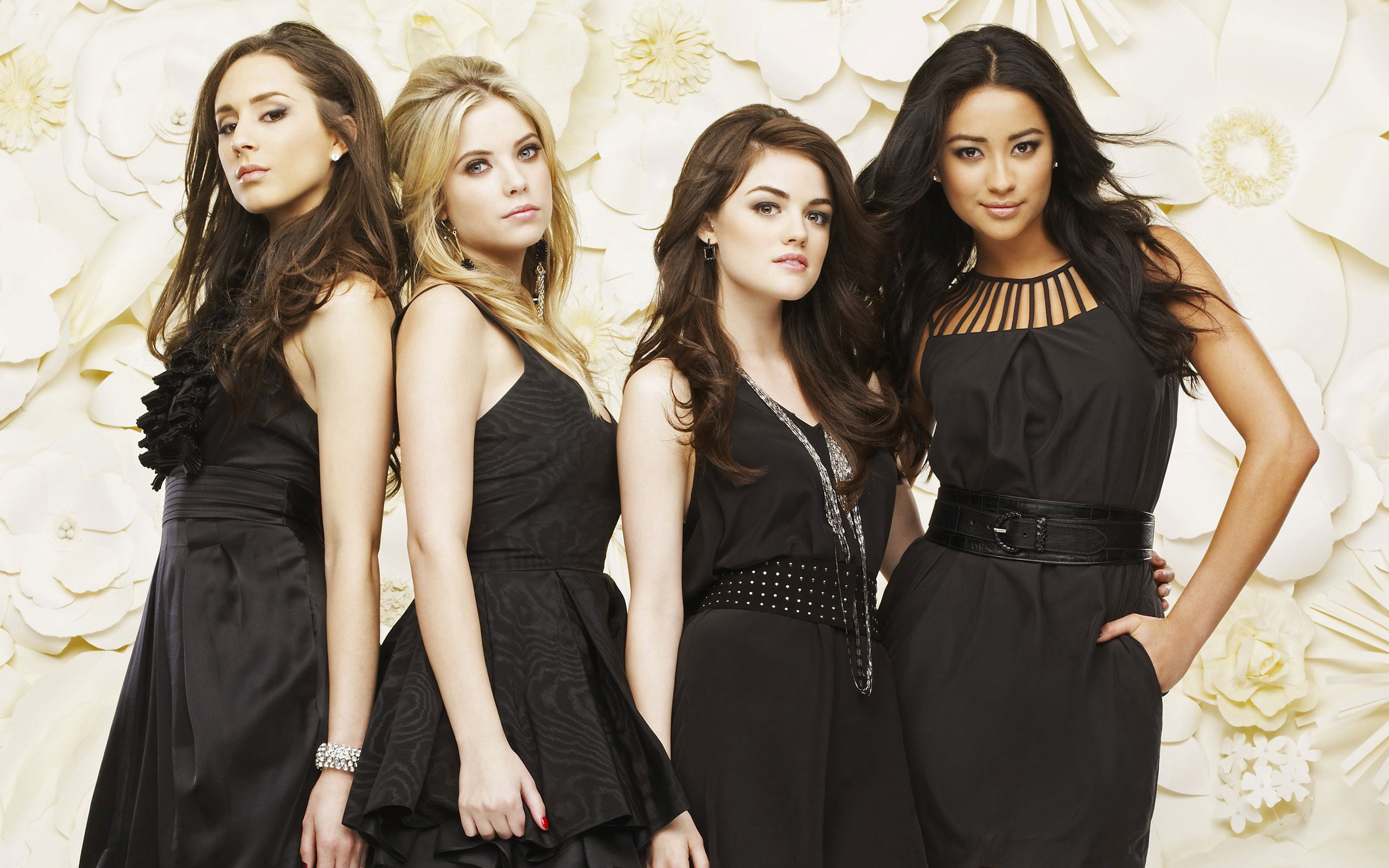 Pretty Little Liars Wallpapers amp Pictures 2560x1600