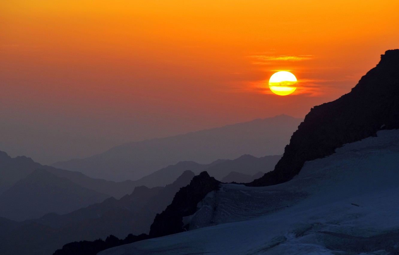 Wallpaper the sky the sun mountains Sunset valley bright 1332x850