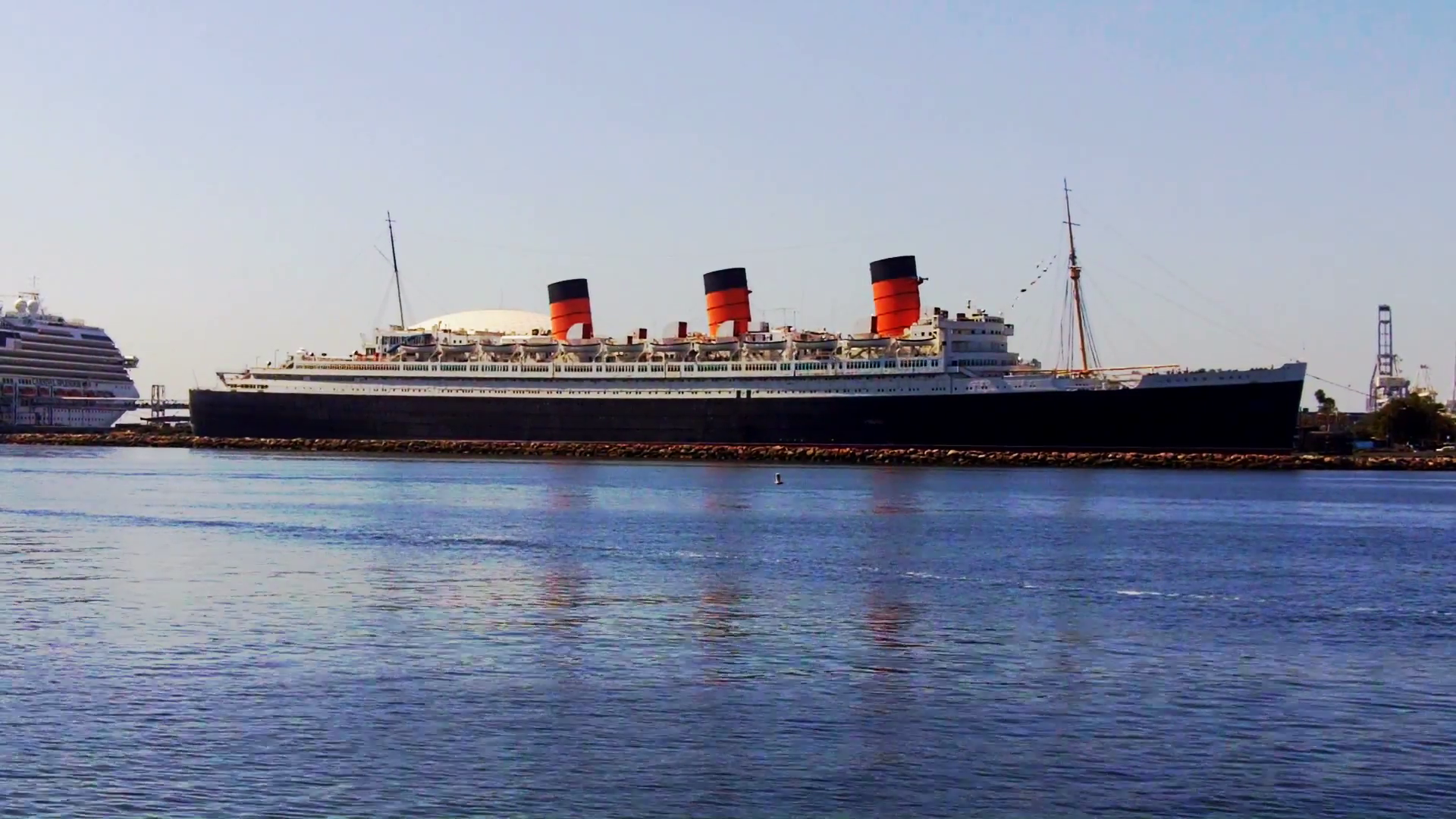 The Queen Mary Ship In Long Beach California Harbor Stock Video 1920x1080
