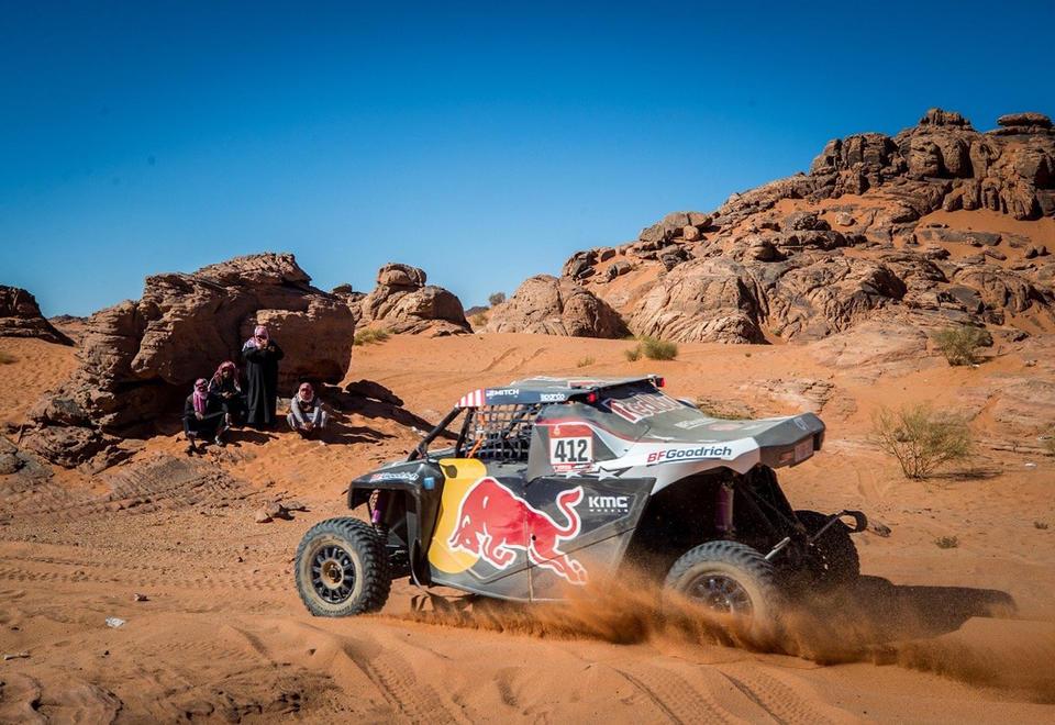Carlos Sainz extends Dakar Rally lead in Saudi Arabia 960x660
