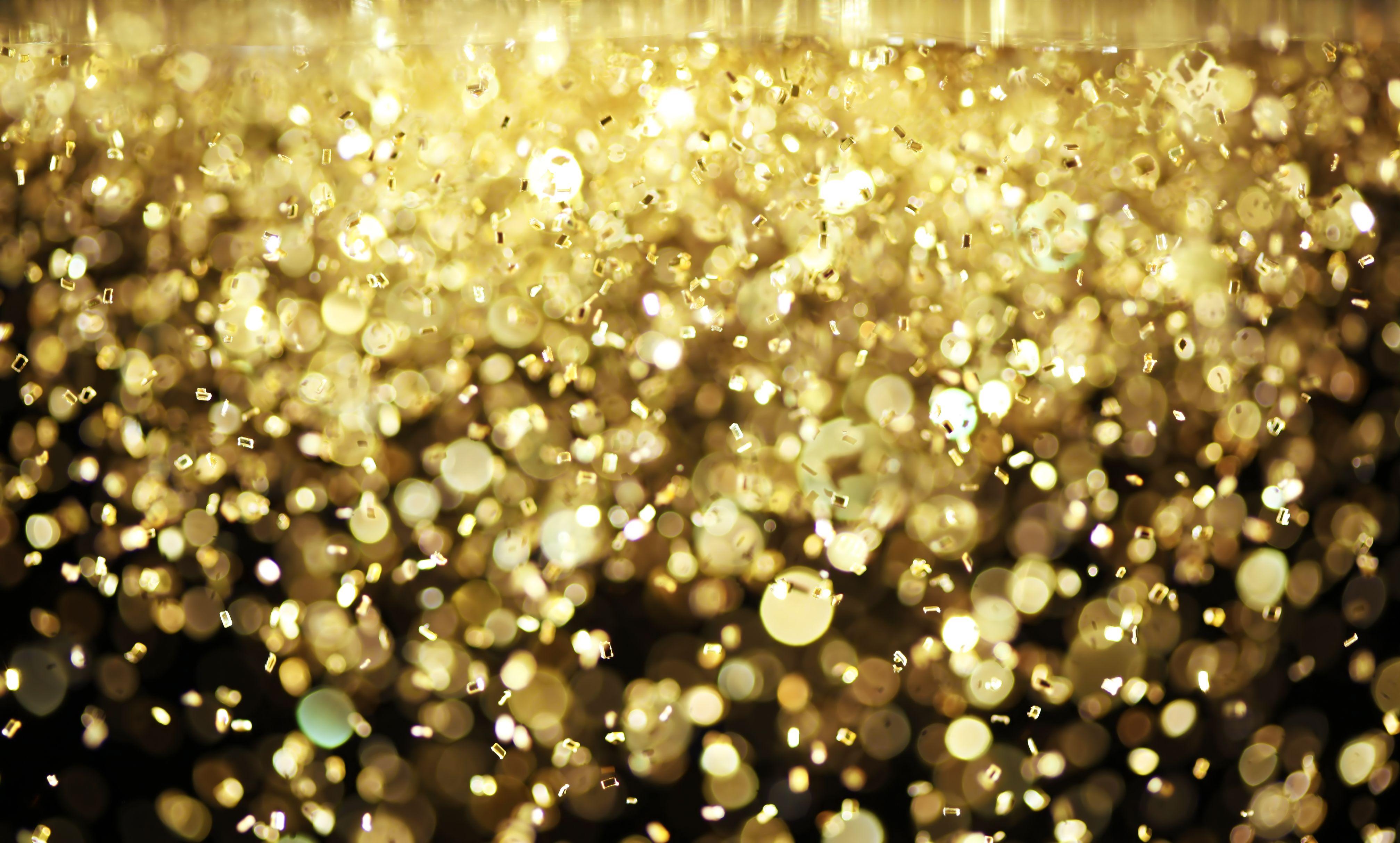 Goldener Konfettiregen inszemo wird 5 inszemo 4030x2428