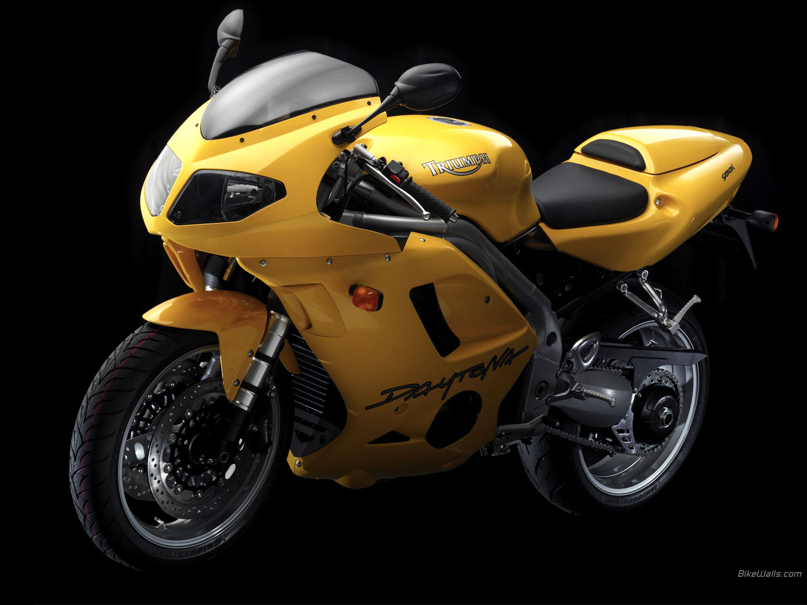 2004 TRIUMPH Daytona 955i Motorcycle Desktop Wallpaper 1600x1200
