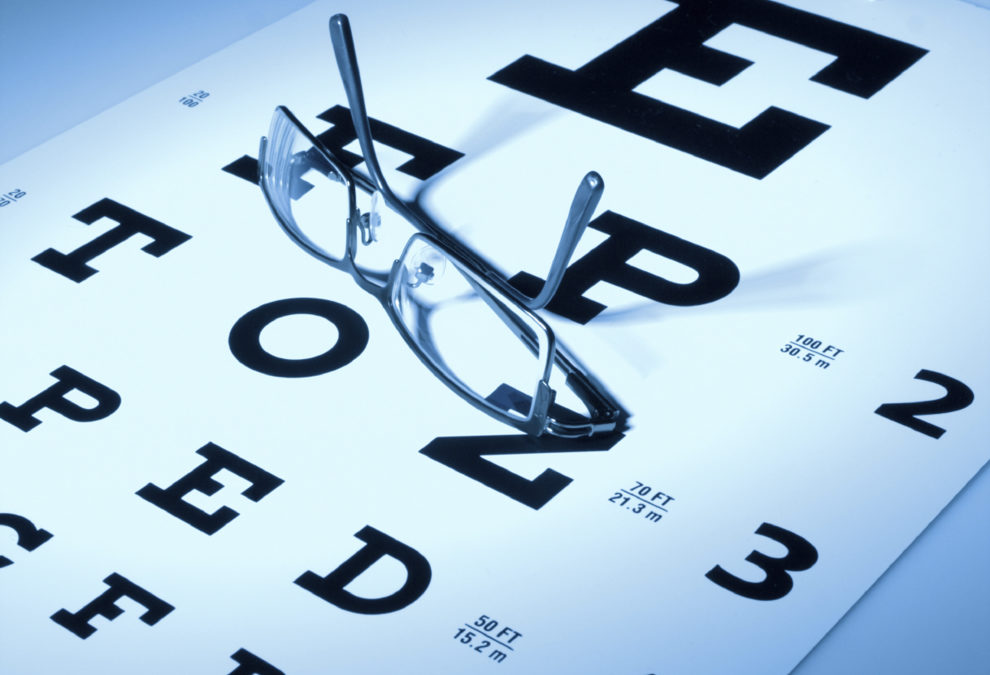 What is the Difference Between an Ophthalmologist and an 990x675