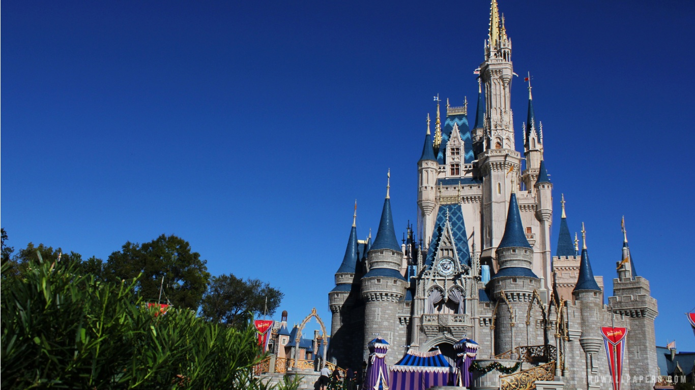 Disney Castle HD Wallpaper   iHD Wallpapers 1366x768