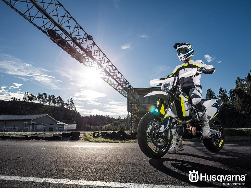 2019 Husqvarna 701 Supermoto And Husqvarna 701 Enduro revealed 1024x768