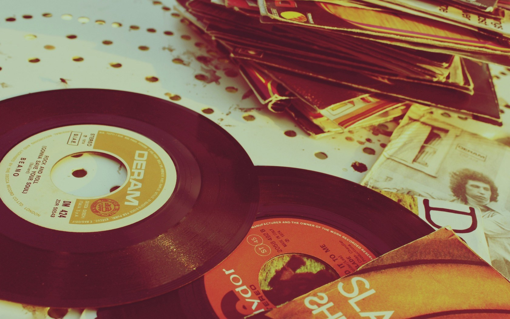 dream hd wallpaper photovintage record vinyl   Magic4Wallscom 1680x1050