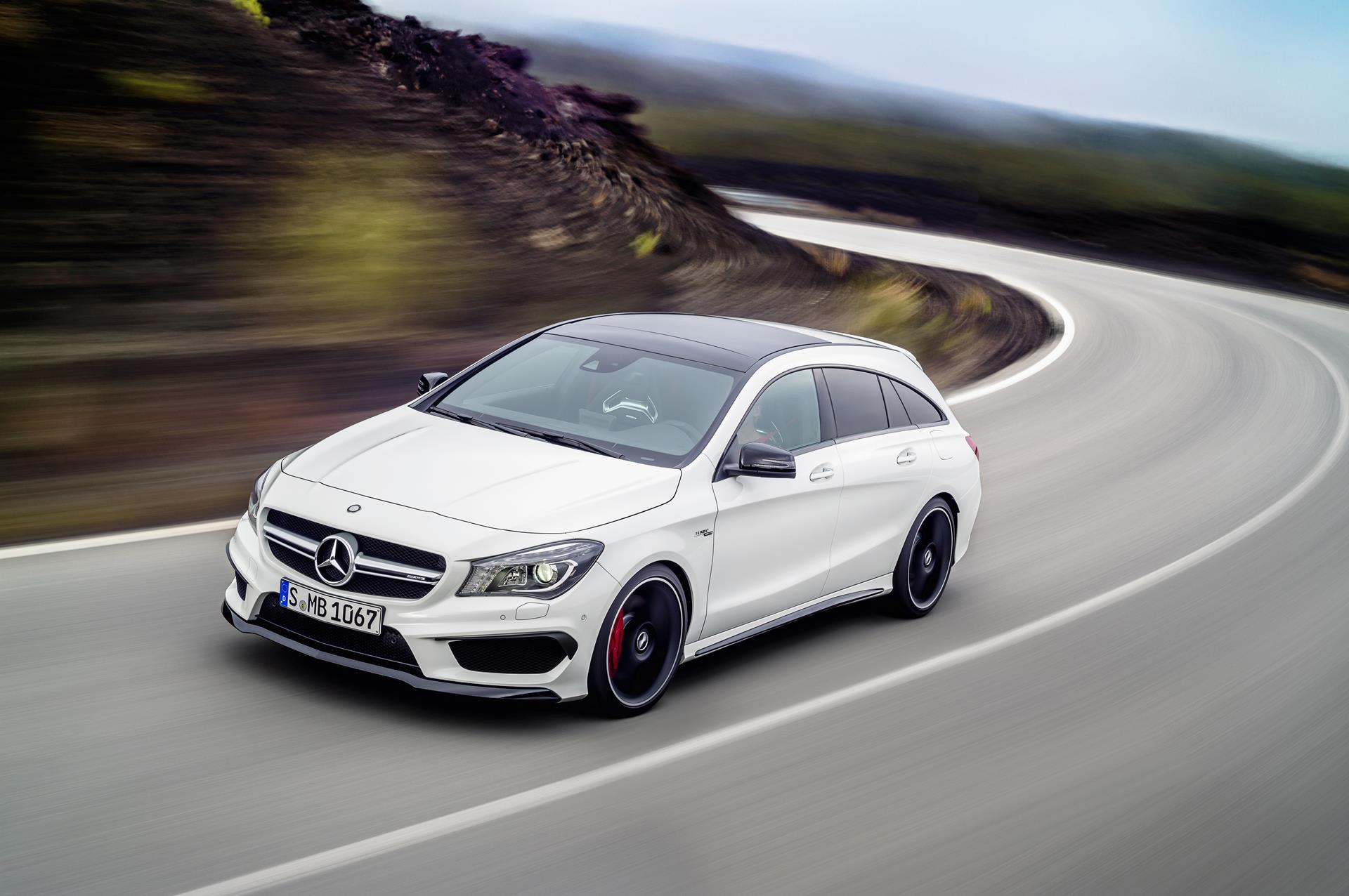 2015 Mercedes Benz CLA 45 AMG Shooting Brake News and Information 1920x1276