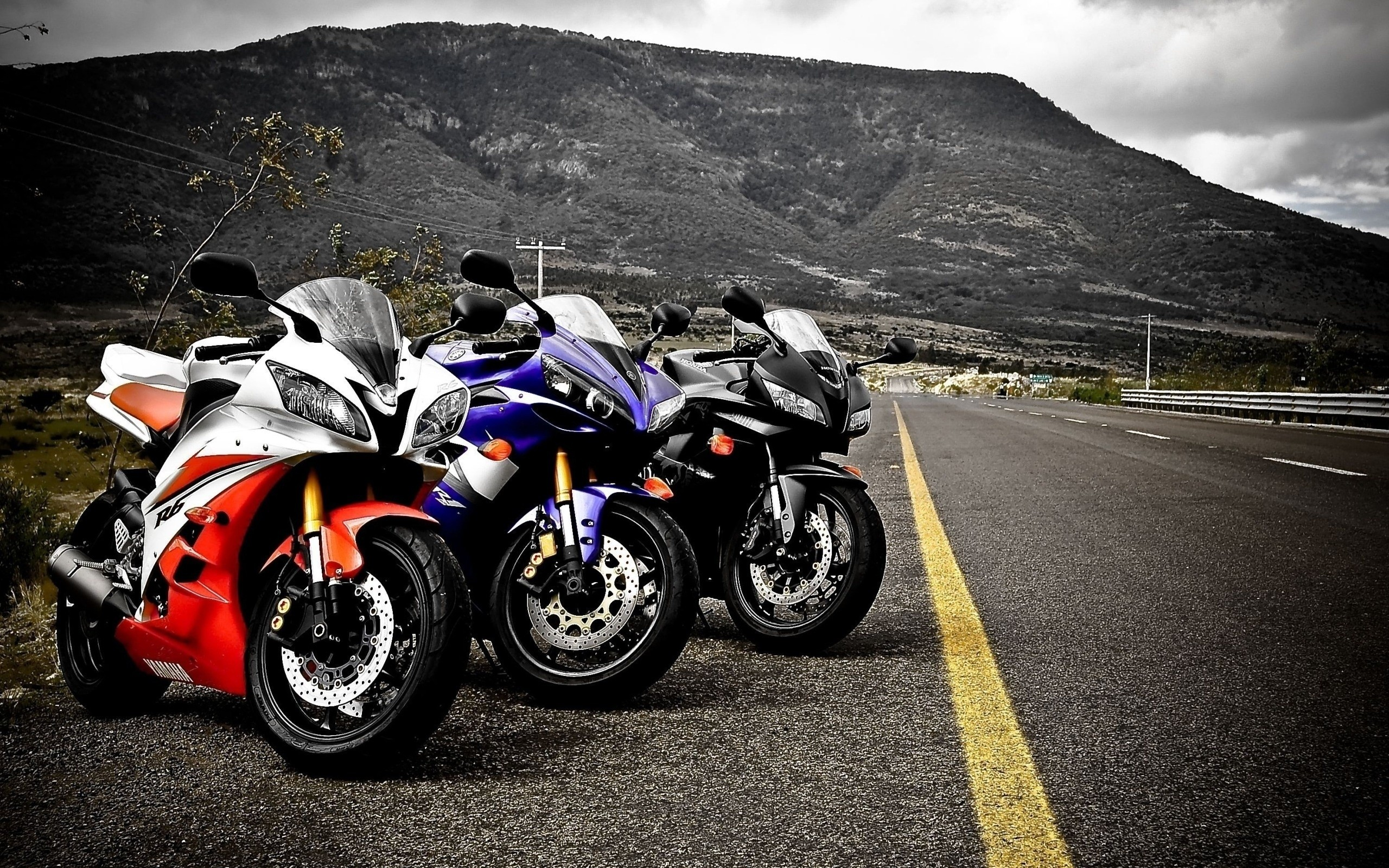 HD Yamaha Wallpaper Background Images For Download 2560x1600