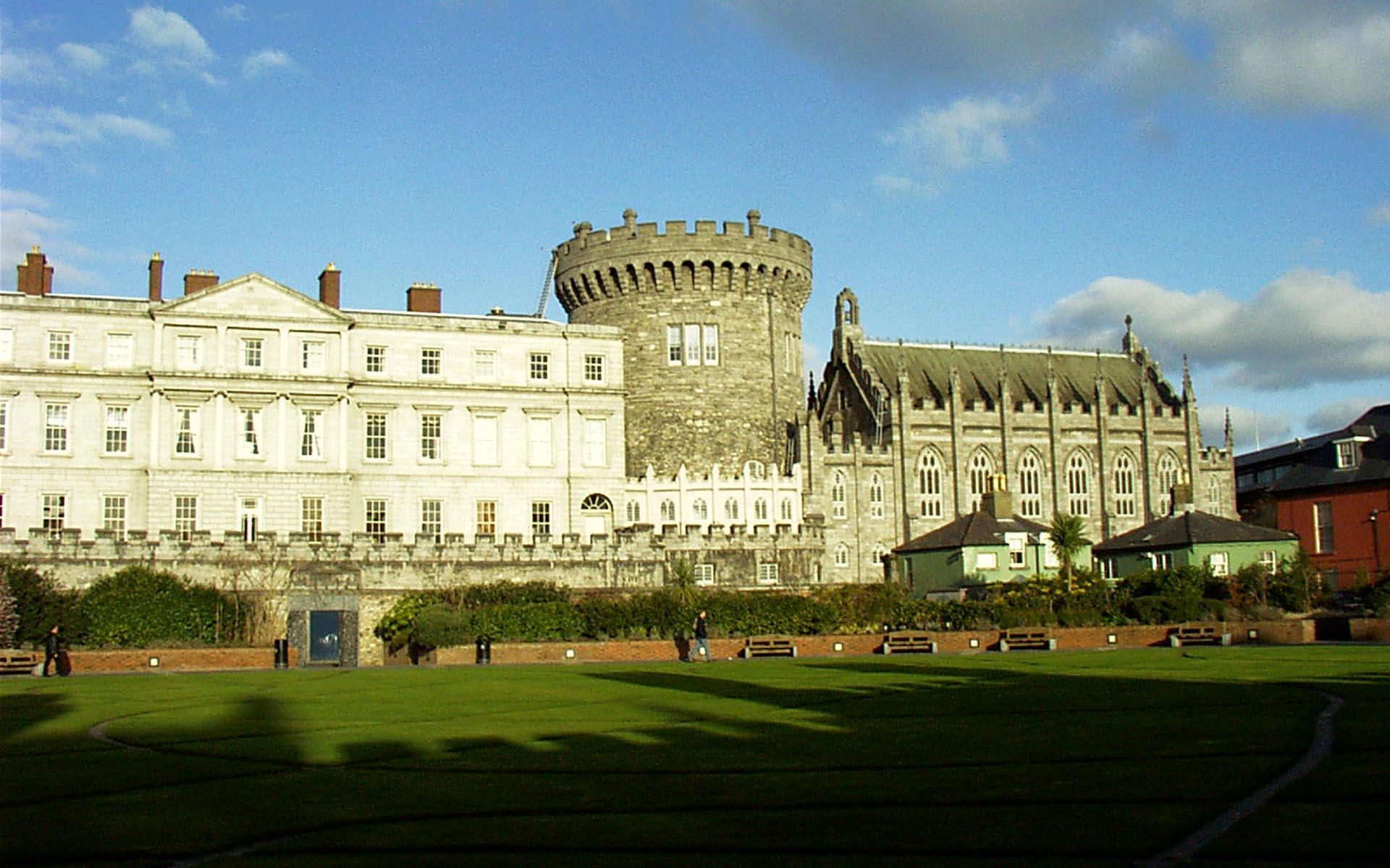 castle dublin ireland wallpaper 1920x1200 1920x1200