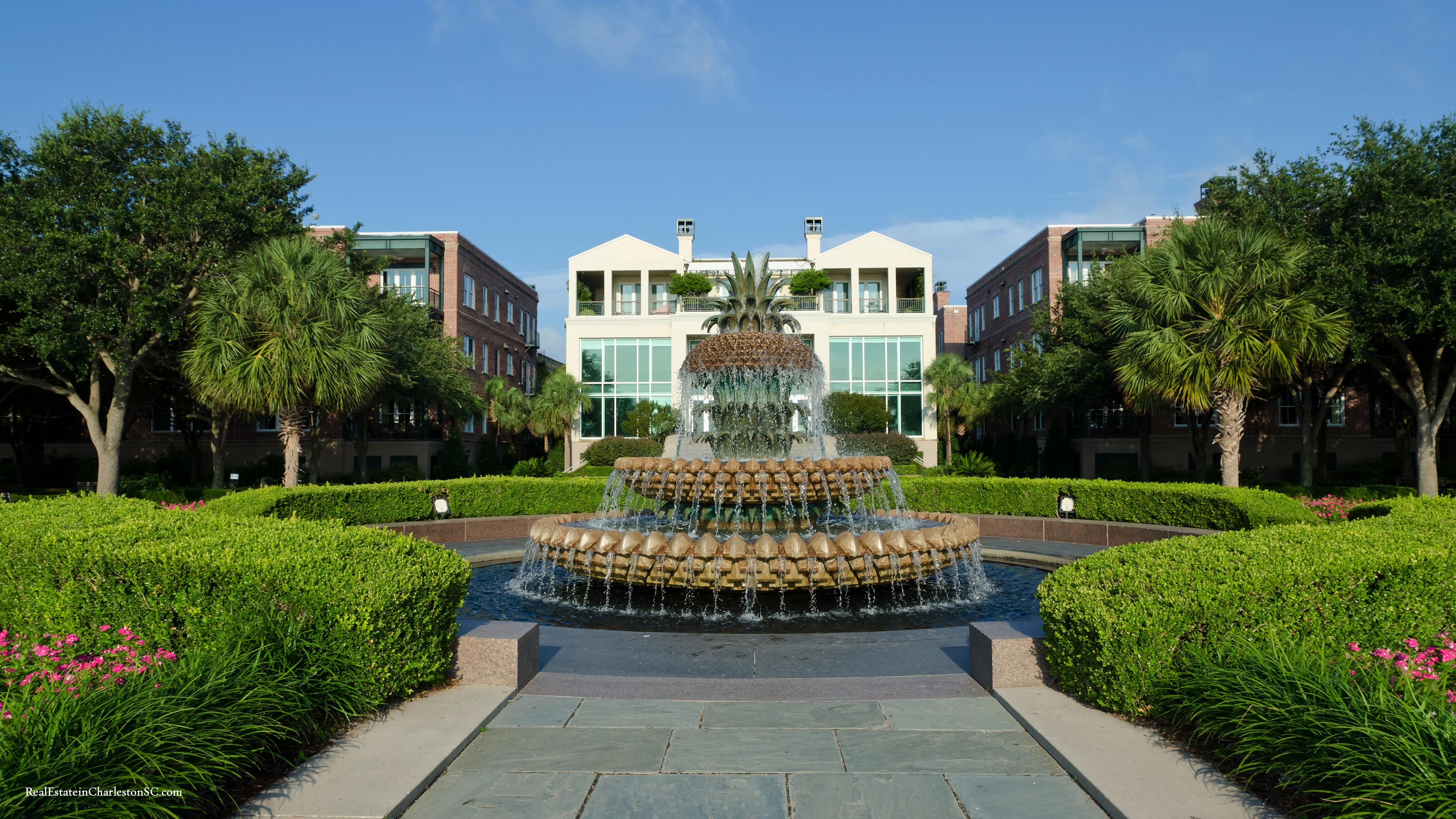 Charlestons Pineapple Fountain 3840x2160