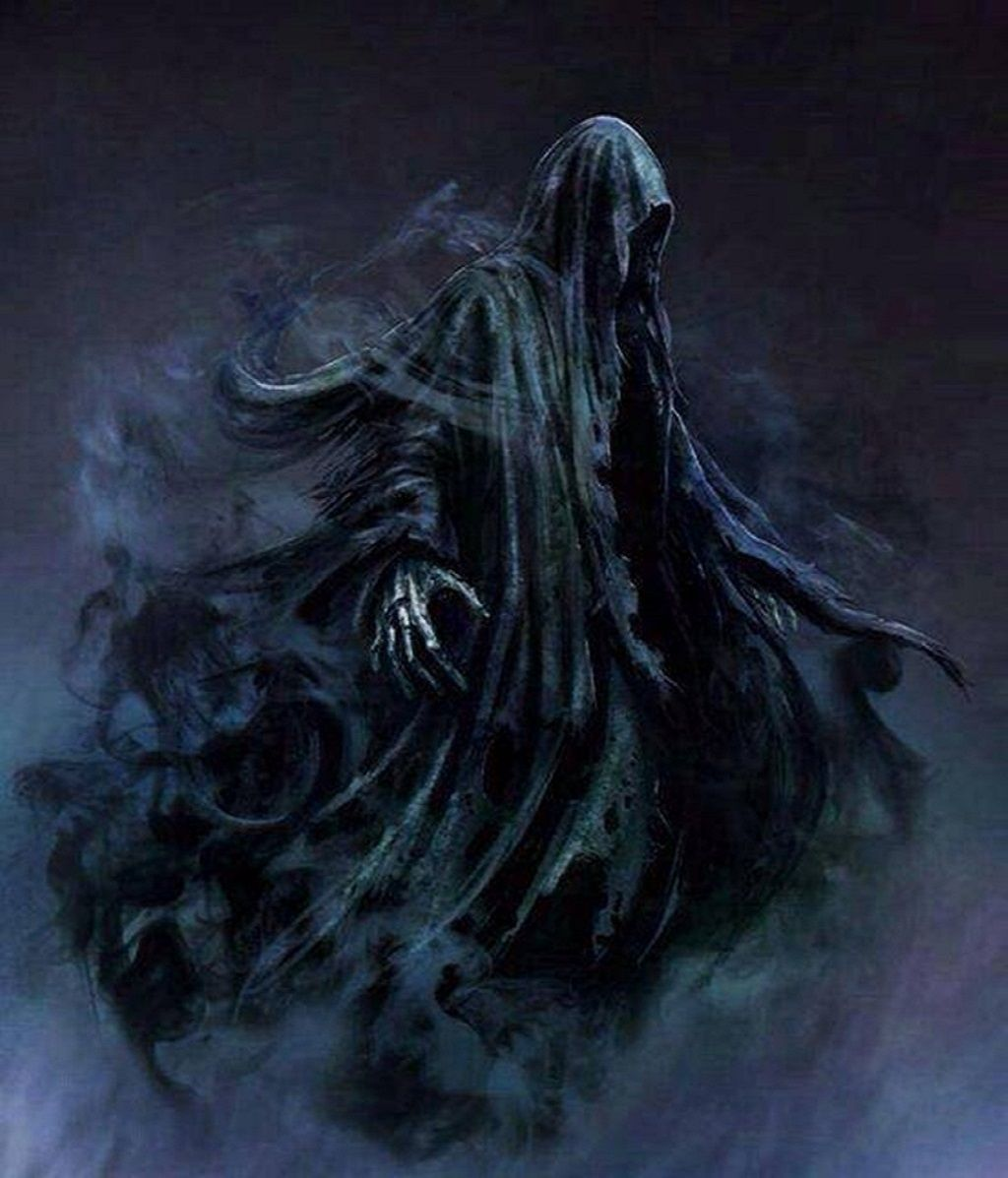 In the movie Prisoner Of Azkaban the dementors were puppets filmed 1024x1197