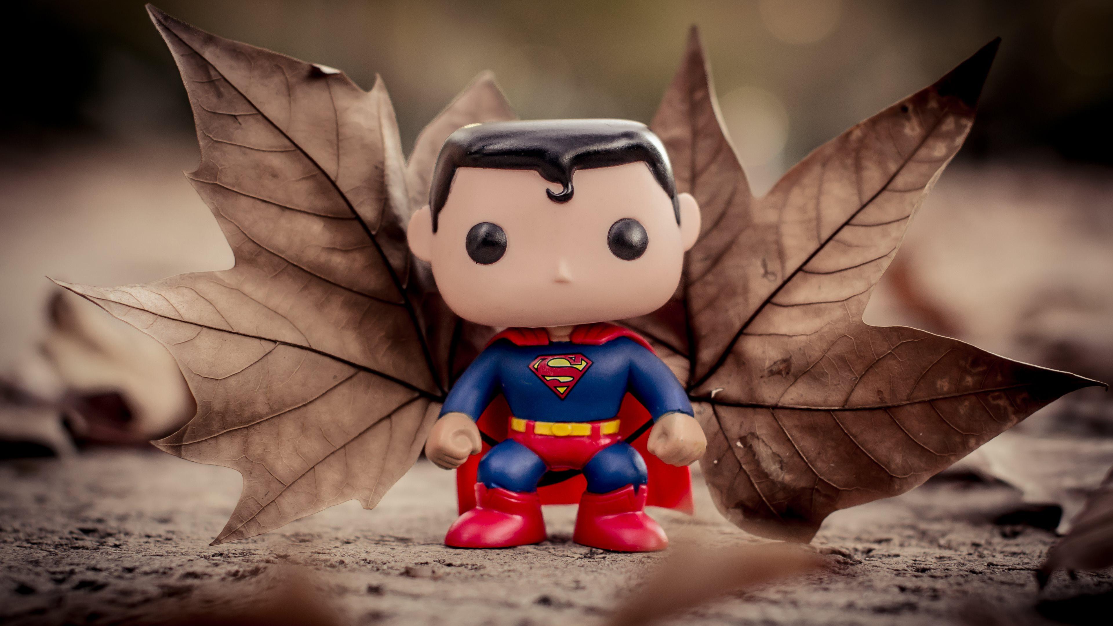 Little Superman   The funny figurine 3840x2160