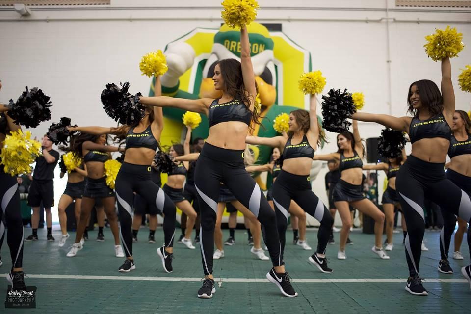University of Oregon Cheerleading   Home Facebook 960x640
