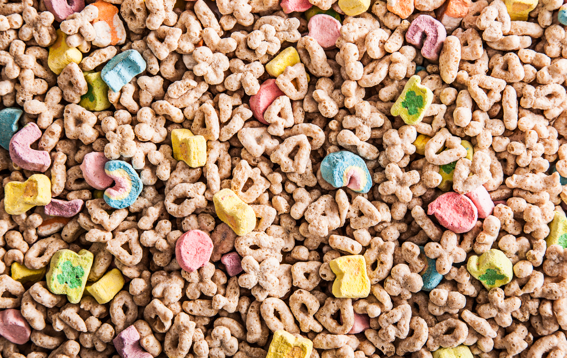 Breakfast Cereal as Art   LUCKY CHARMS   CHOWcom 1900x1200