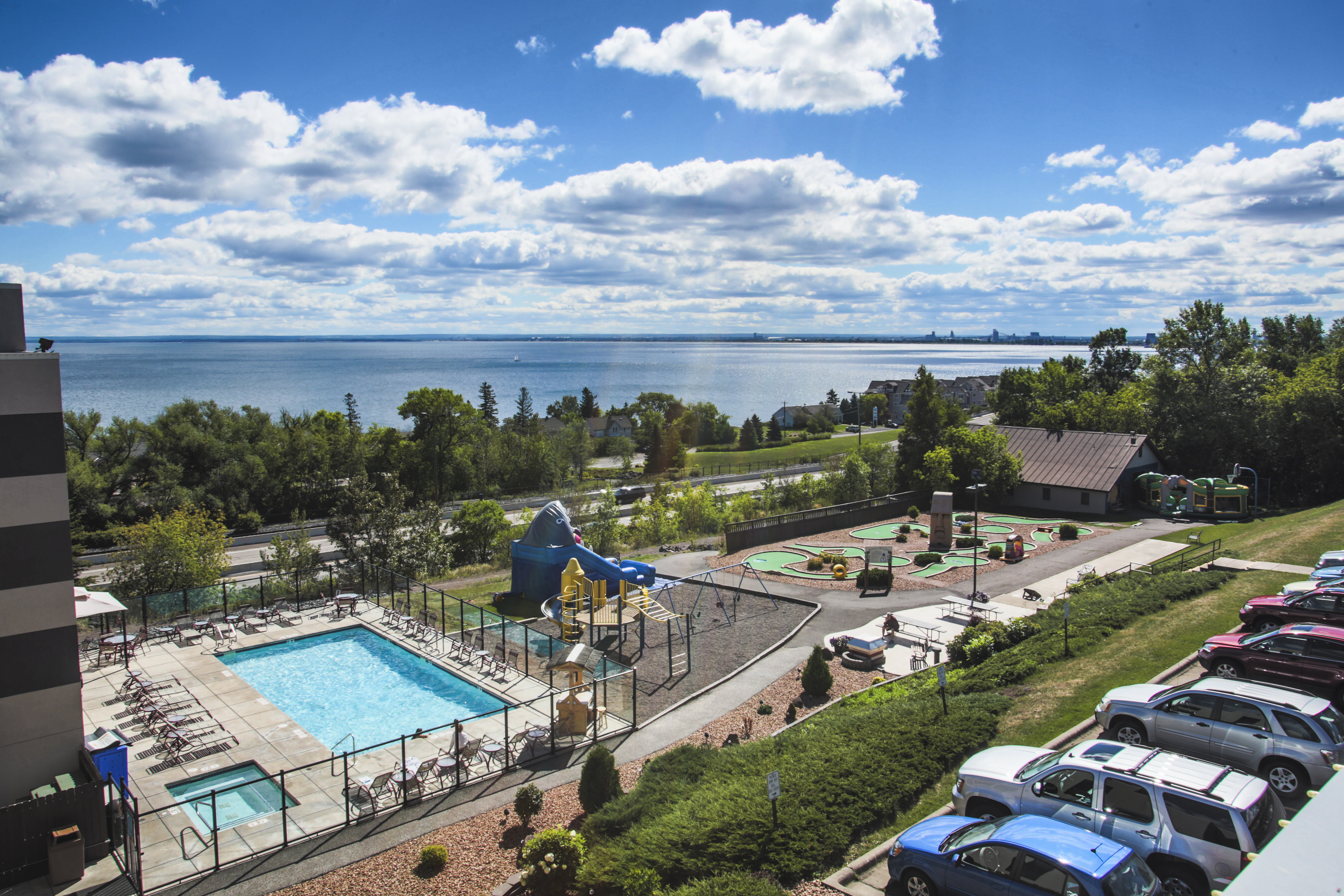 Duluth Images Crazy Gallery 5760x3840