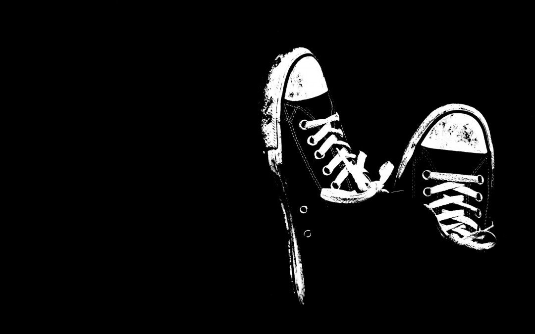 Cool White and Black Background HD Wallpaper of Black 1080x675