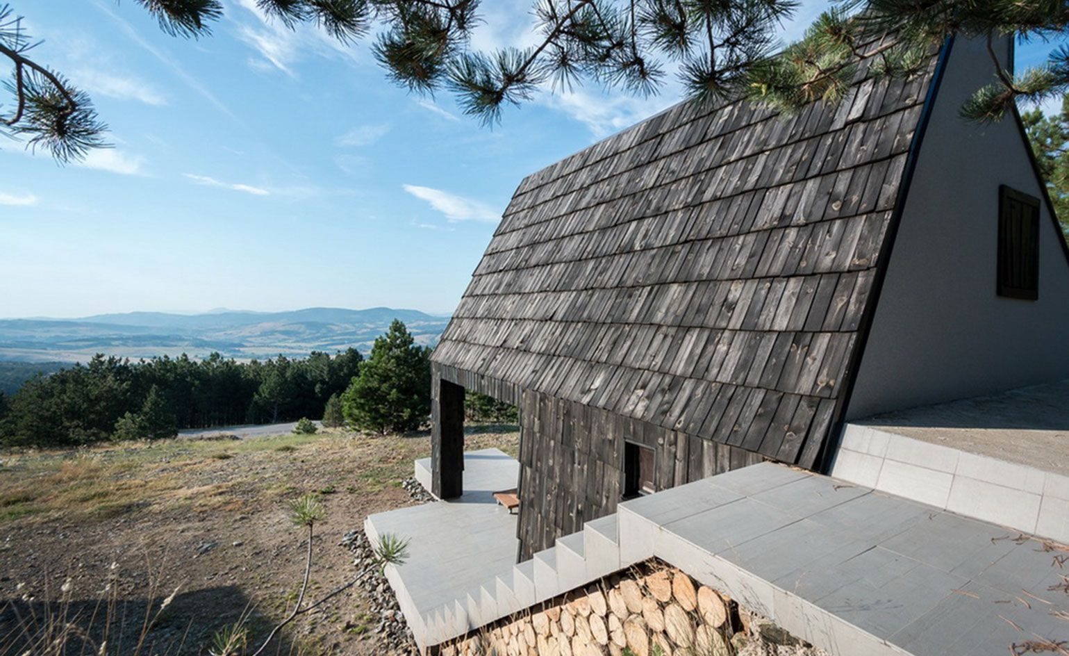 EXE studio fuse modern with traditional in this Serbian mountain 1539x944