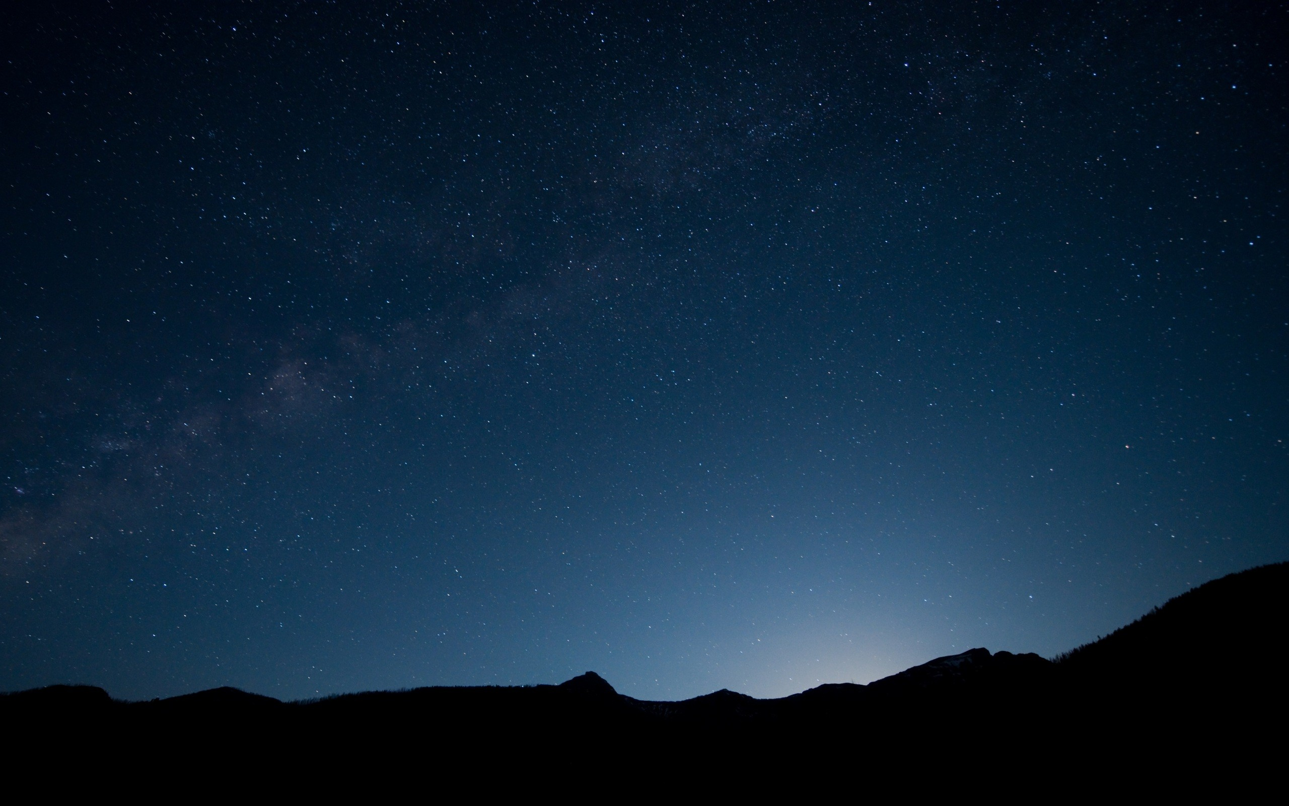 Beautiful Starry Night Sky Wallpaper 2560x1600