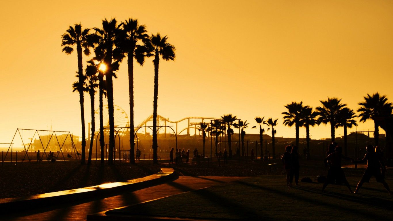 California Iphone Wallpaper Hd Images 3 HD Wallpapers travel bug 1366x768
