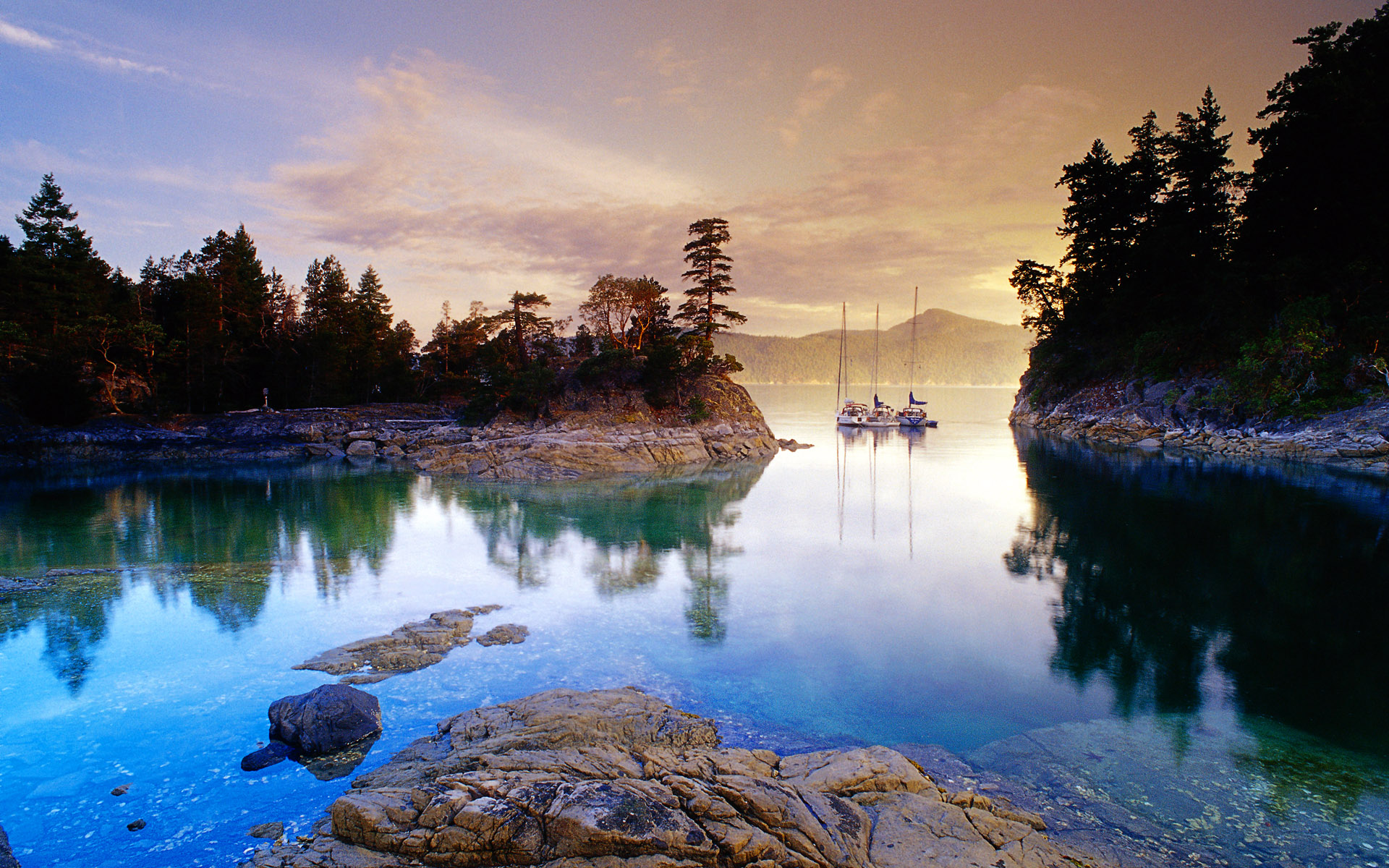 Daily Wallpaper Beautiful Canadian Lakes I Like To Waste My Time 1920x1200