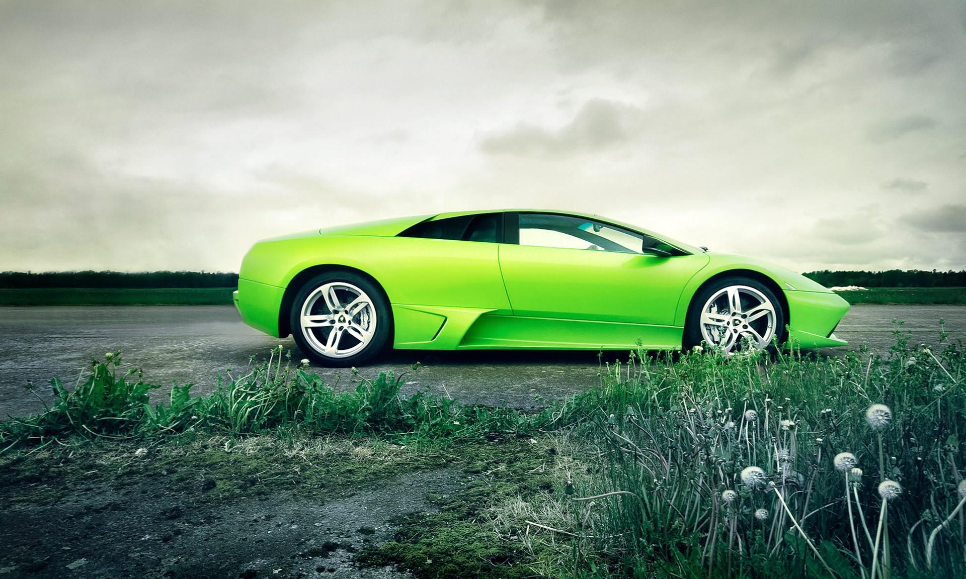 30 Green Cars Wallpapers On Wallpapersafari
