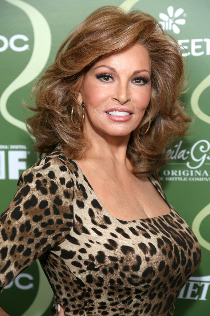 raquel welch salvador daliraquel welch young, raquel welch фото, raquel welch 2016, raquel welch in myra breckinridge, raquel welch 2017, raquel welch vk, raquel welch and burt reynolds, raquel welch films, raquel welch and cher, raquel welch salvador dali, raquel welch 2015, raquel welch wikipedia, raquel welch singing, raquel welch different drum, raquel welch space dance, raquel welch slave, raquel welch chelsea, raquel welch versace movie, raquel welch marcello mastroianni, raquel welch wiki