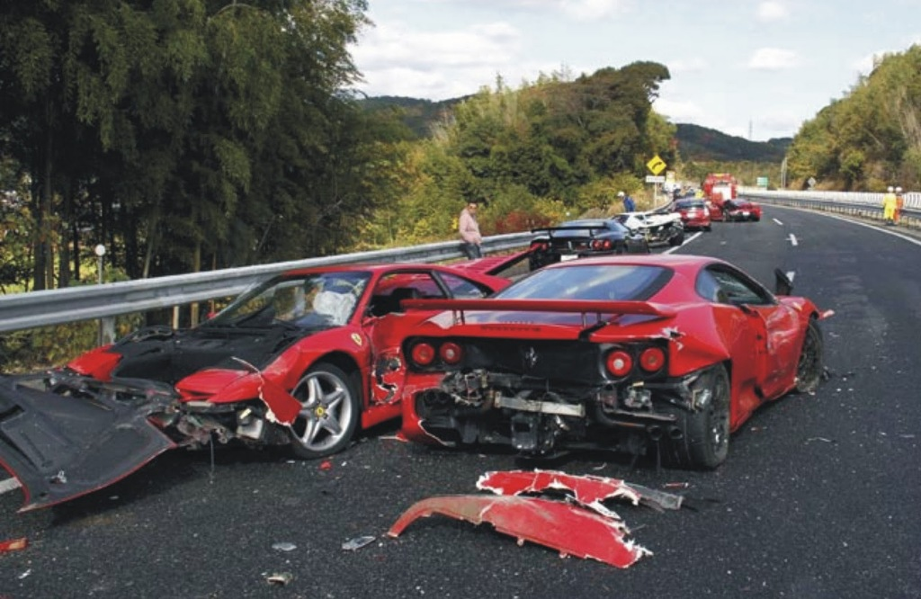 expensive car crashes hd wallpaper car backgrounds 29739 1024x666