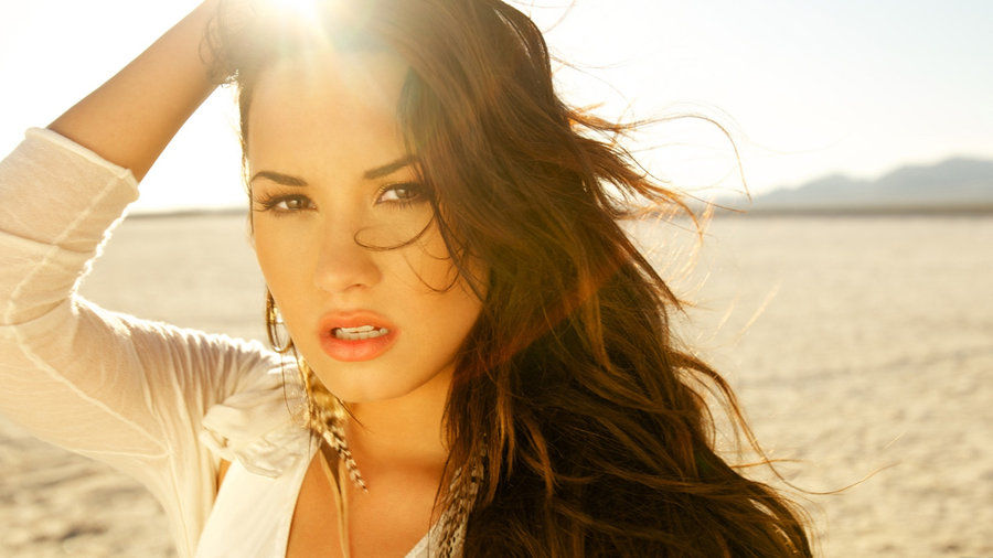 Demi Lovato Desktop Background 29 by Stay Strong 900x506