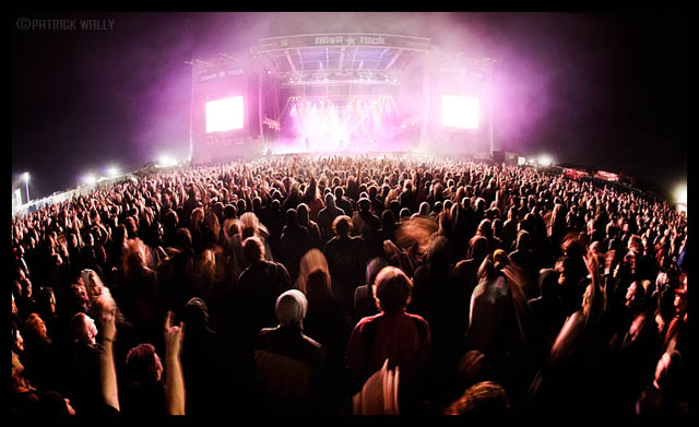 Go Back Gallery For Concert Crowd Wallpaper 640x391