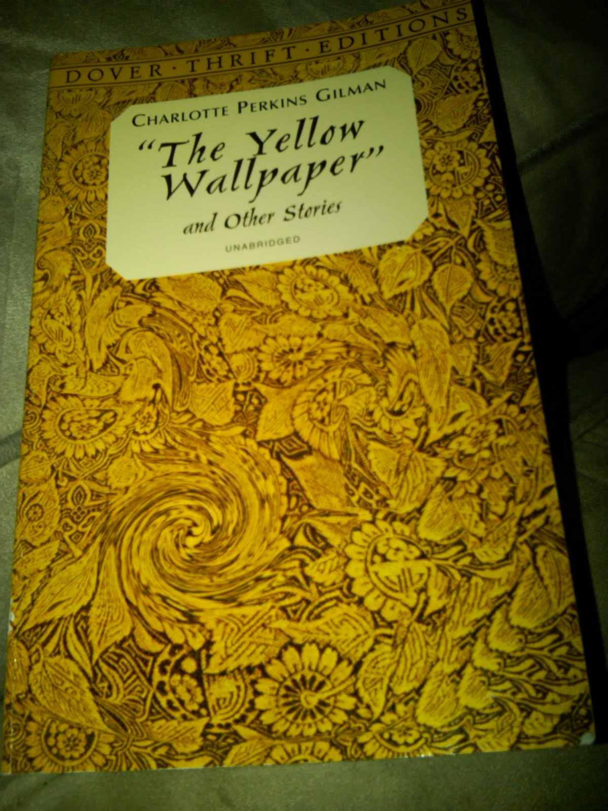 charlotte perkins gilman the yellow wallpaper short summary
