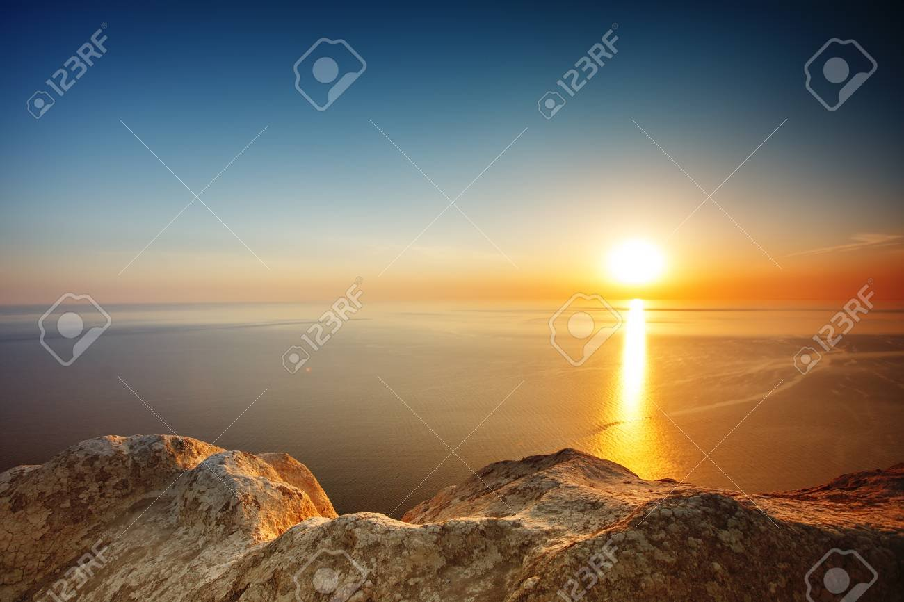 Sunset View From Mountaintop Tourism Travel Sea Background 1300x866