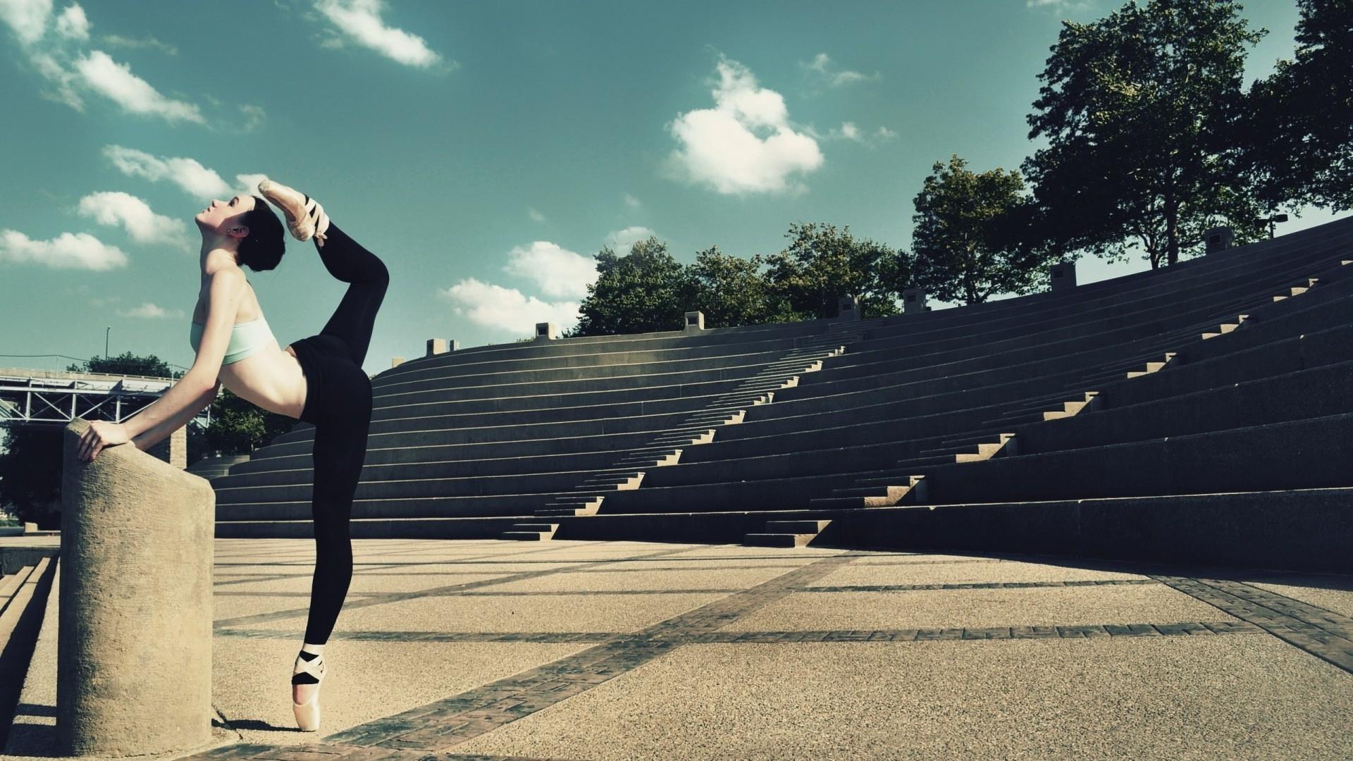 Ballet Dancer Wallpaper Free Wide Hd Wallpaper: Ballet Desktop Wallpaper