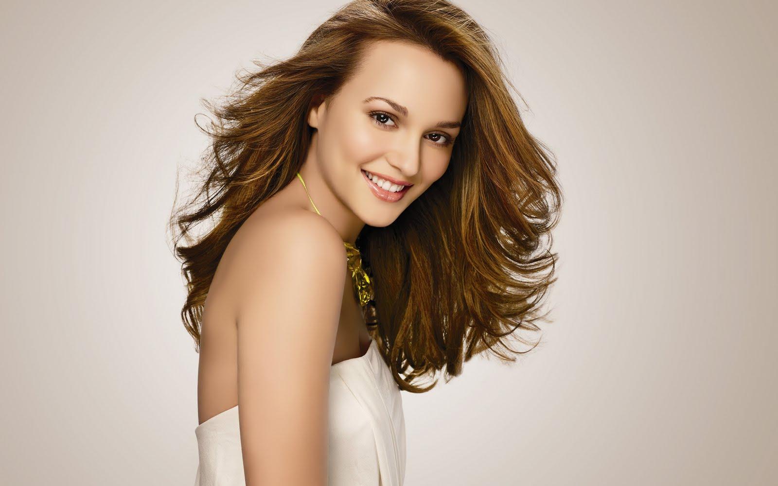 Download Beautiful Hollywood Girls Actress Celebrities Wallpapers 1600x1000