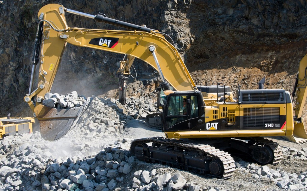 Caterpillar Equipment Wallpaper Logo When buying heavy equipment 1024x640