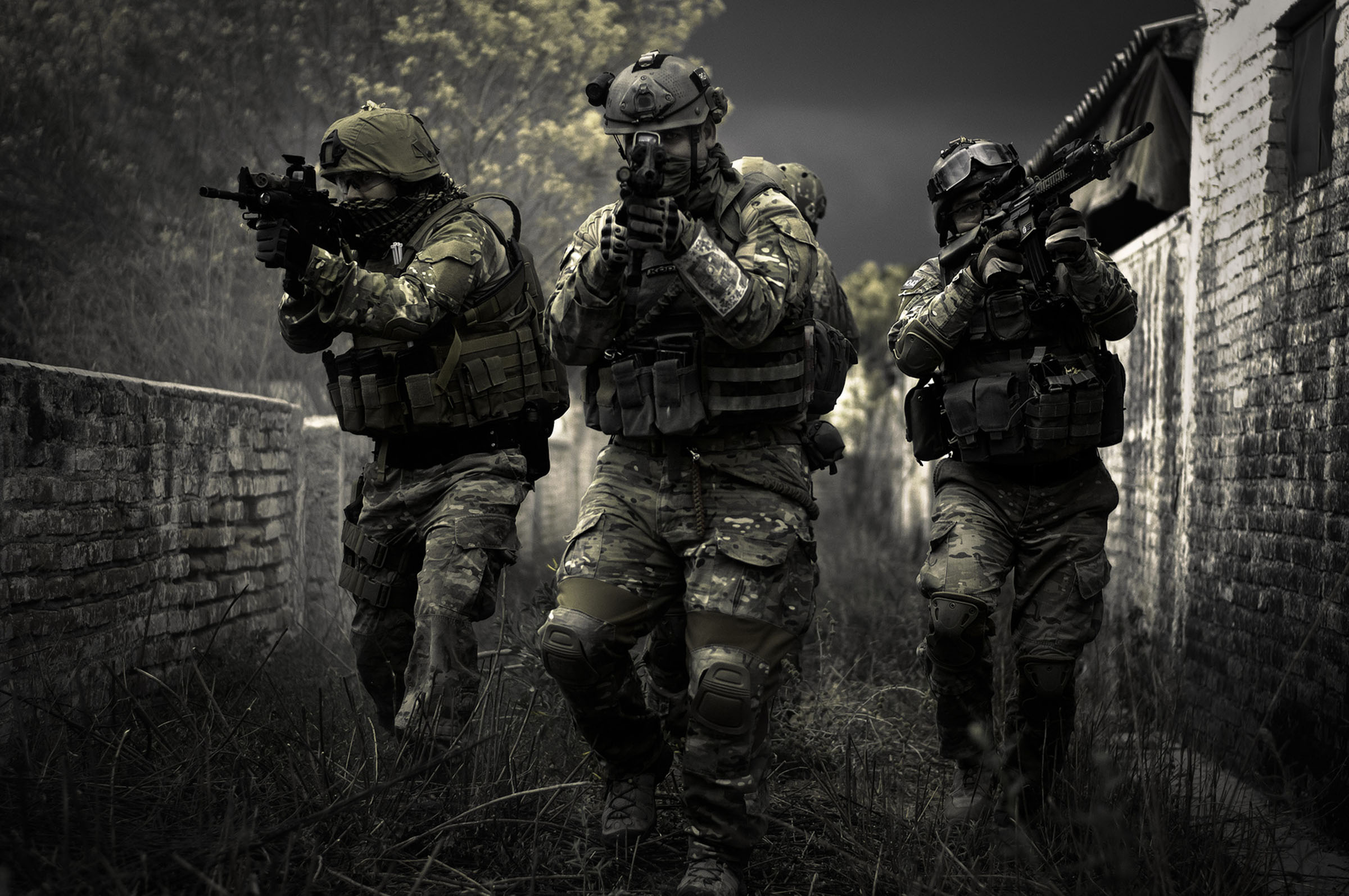 Full HD Quality Airsoft Images for 2400x1595