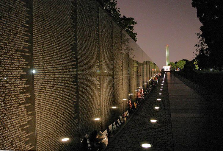 vietnam veterans memorial 2jpg 750x507