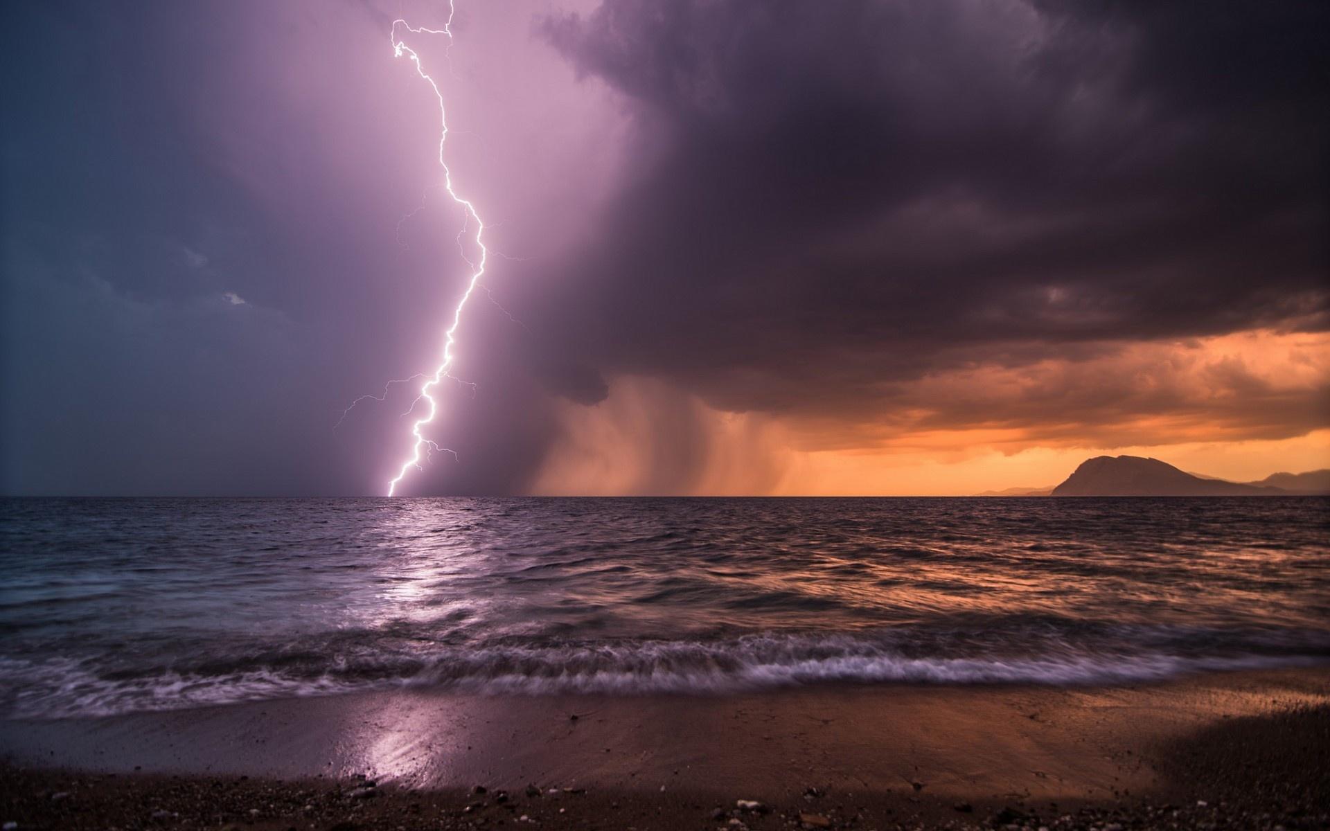 Wallpaper sea evening sky storm lightning shore beach desktop 1920x1200