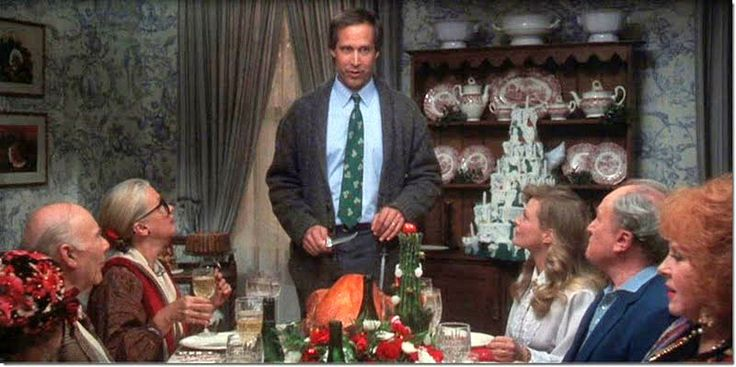 The Griswold House in National Lampoons Christmas Vacation 736x367
