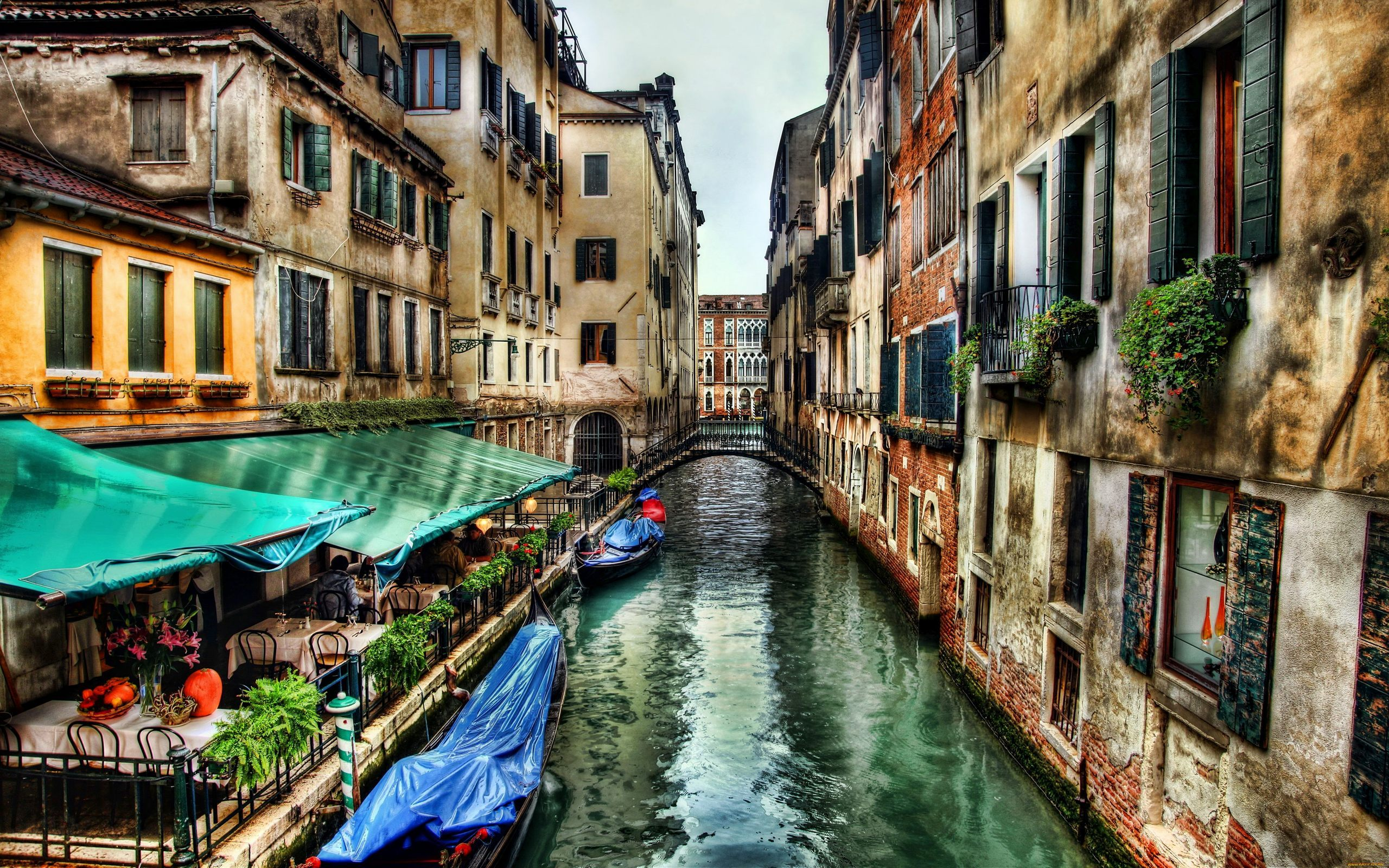 canal street of venice city wallpaper Travel Gate 2560x1600